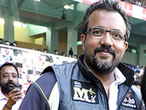 'Zanjeer' promotions kick off, director misses Sanjay Dutt