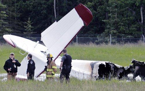10 people die in plane crash in Alaska