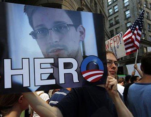 Snowden accepts Venezuelan offer, says Russian official