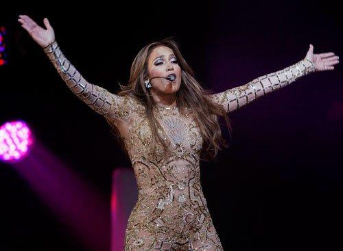 I was homeless as a teen: Jennifer Lopez