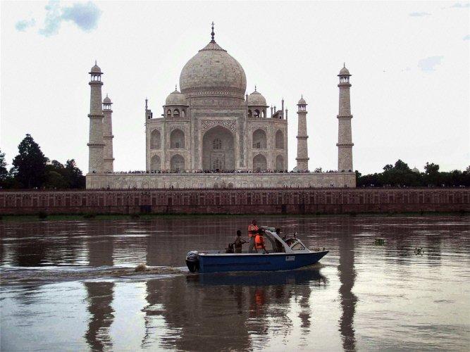 CCTV malfunction reports: ASI says area not in Taj premises