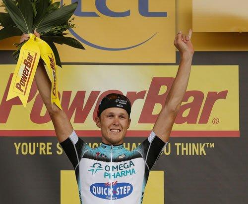 Italian Trentin wins 14th stage
