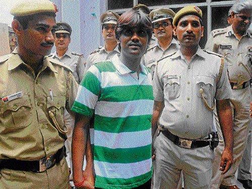 Credit card fraudster nabbed in Mumbai
