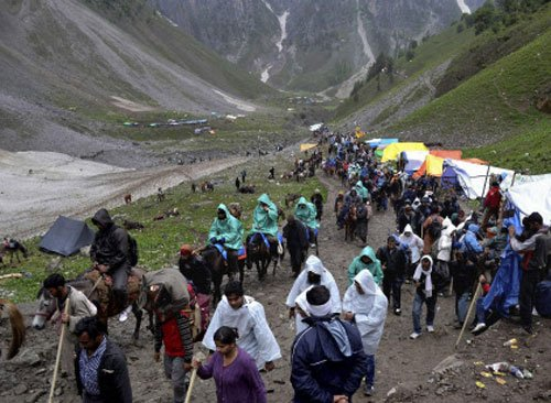 Small batch of 1027 pilgrims leave for Amarnath