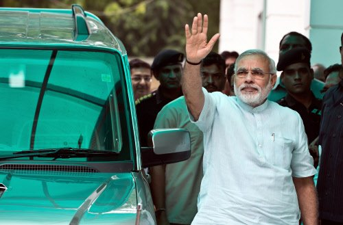 BJP to cash in on Modi's popularity with Rs 5 ticket for rally