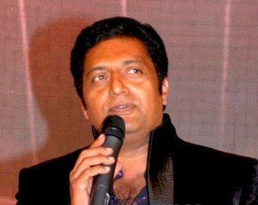 Actor Prakash Raj wants to direct Hindi film