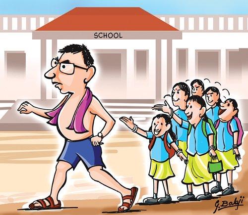 Teacher turns up in towel, vest in Uttar Pradesh