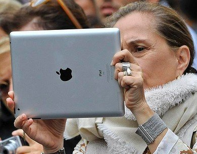Women in UK own more tablet computers than men