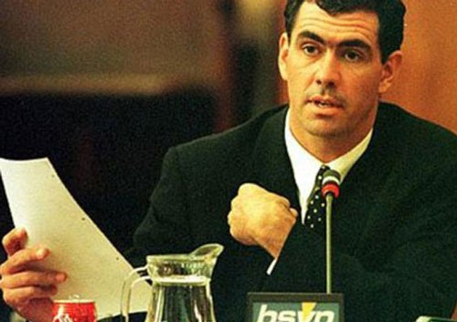 Cronje's father threatens legal action against Indian police
