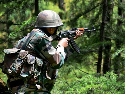 Pak targets Indian posts in Poonch, heavy firing along LoC