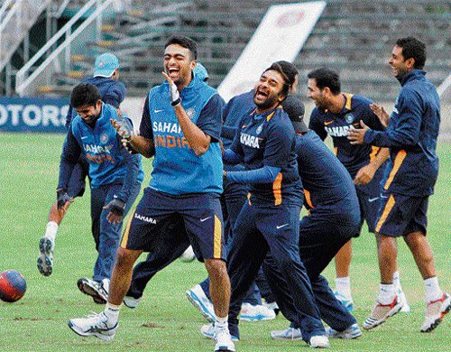India look to extend domination