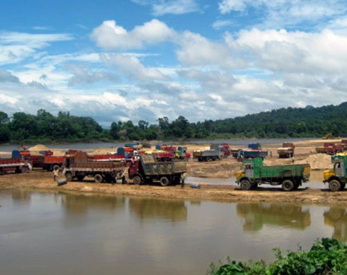 UP govt mulls special mining force to check illegal mining