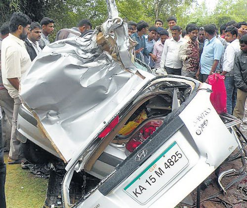 On way to Jog, 4 killed in accident | Deccan Herald