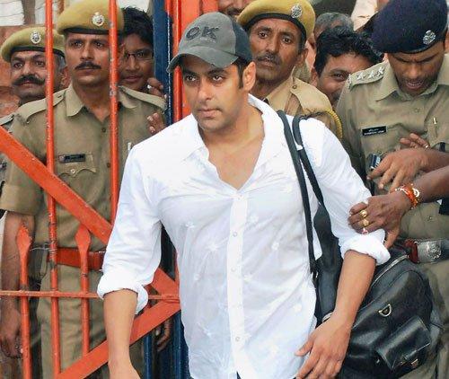 HC stays proceedings against Salman Khan in lower court