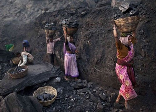 Centre faces SC ire in coalgate, told to give documents to CBI