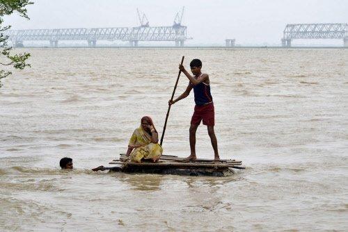 Over five mn hit in Bihar floods, toll 160