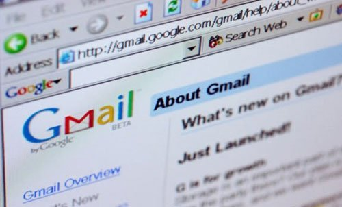Govt likely to ban Yahoo, Gmail for official purposes