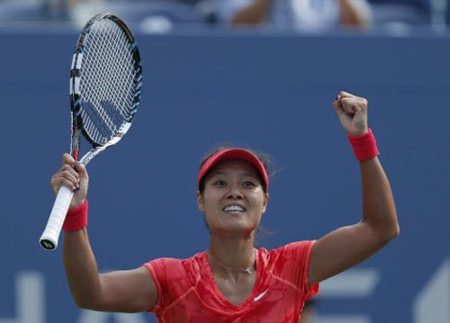 Li Na to play Djokovic in battle of sexes
