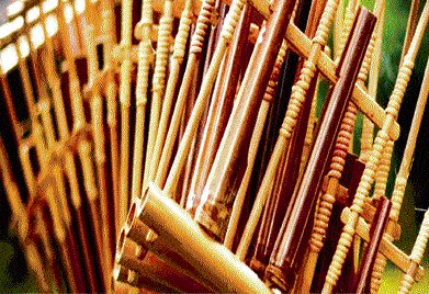 When the bamboo sings...