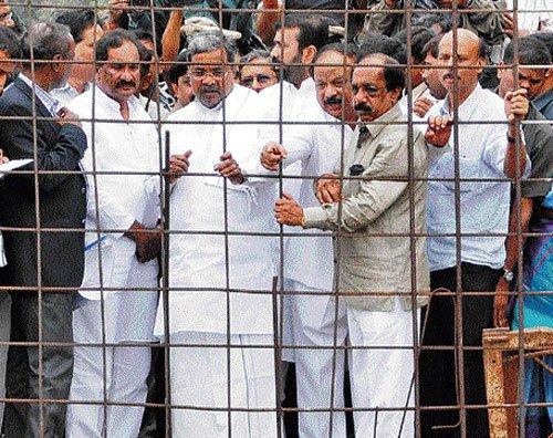 CM sets Dec deadline for CNR Rao underpass