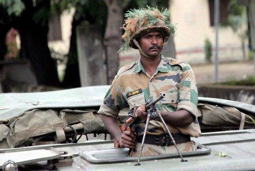 Muzaffarnagar toll reaches 21, army men fired at