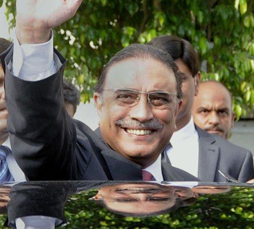 Zardari pledges to support Sharif