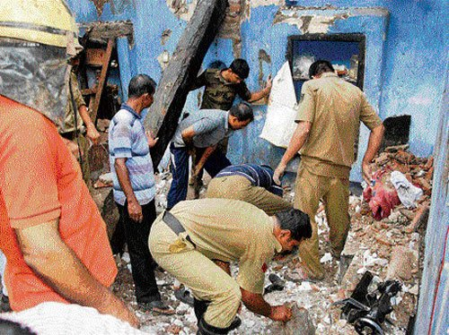 Four killed, six hurt in Puri building collapse
