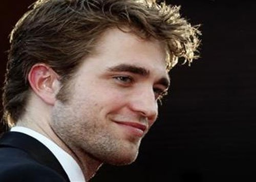 Robert Pattinson does not want to date