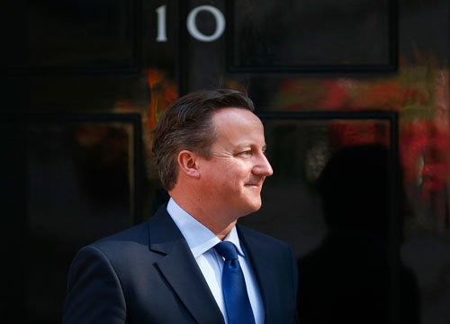 British PM forgets official 'red box' on train!