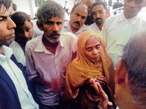 Mukesh's parents plead for leniency