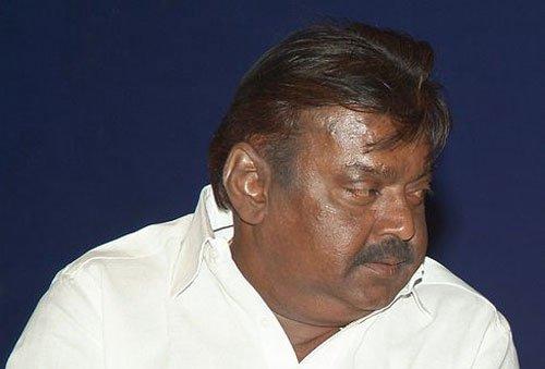 Arrest warrant against Vijayakanth in defamation case