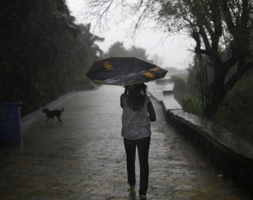 Heavy rain throws life out of gear in TN