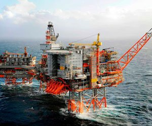 Oil Min seeks legal opinion on levying $781 mn penalty on RIL