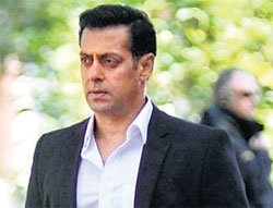 It's a difficult situation for me: Salman Khan