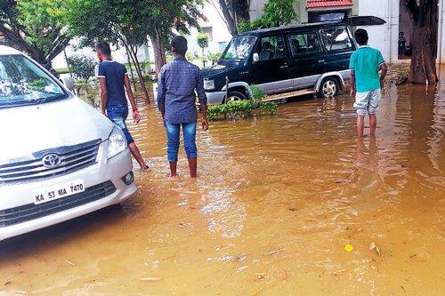 Rainwater floods apartments