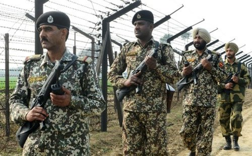 India sends Bangladeshi girl back with BSF commanders