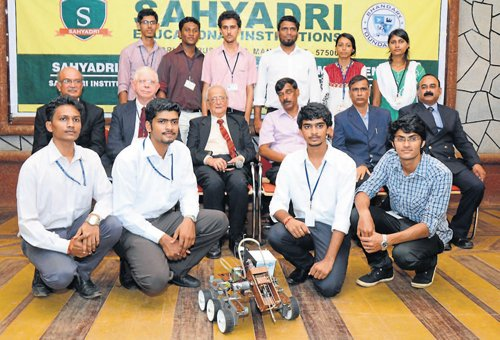 M'lore engg students' rover design wins national contest