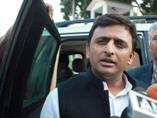 Akhilesh Yadav visits Muzaffarnagar