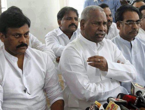 Congress MPs from Seemandhra under fire