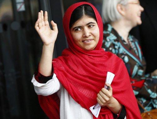 Top Amnesty award for Malala Yousafzai