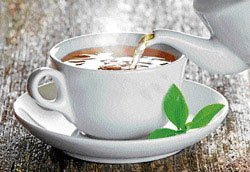 HC pulls up police for arresting man sipping tea suspiciously