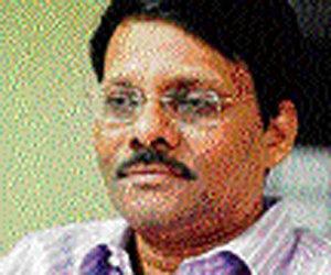 Rahul picks ex-IAS officer to drive home SCagenda