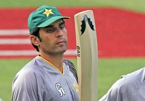 Misbah leads Wolves to consolation win