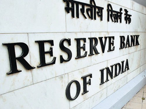Bank stocks tank after RBI hikes repo rate to 7.5%
