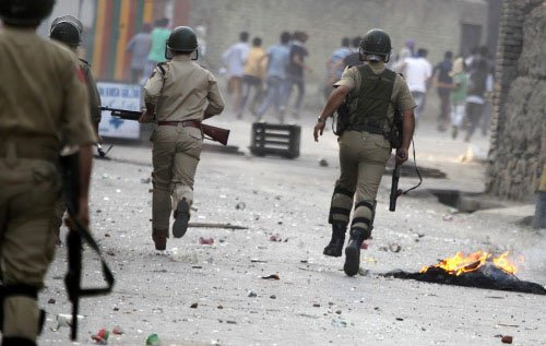 1 CRPF jawan killed in militant attack in Srinagar