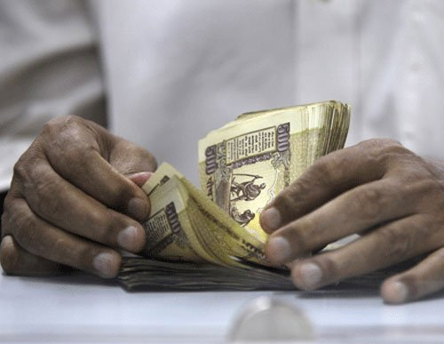 Indian cos offer 9.8% pay hikes to top executives: Survey