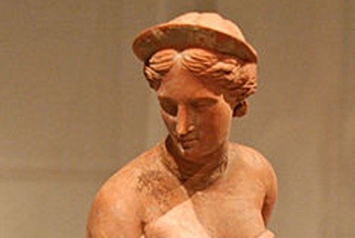 Goddess Aphrodite statue unearthed in Turkey