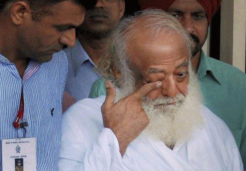 Apex court dismisses plea of CBI probe against Asaram