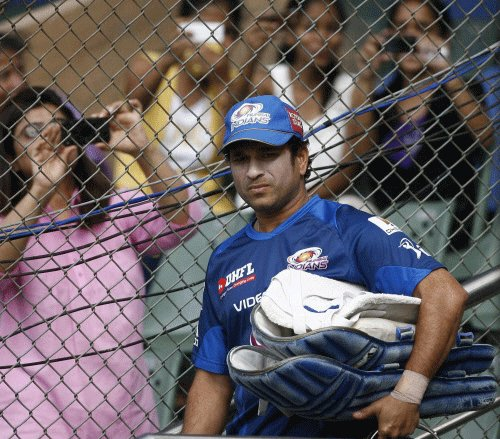 Don't harp on Tendulkar retirement, Shetty to media