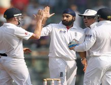 Panesar included in Ashes squad